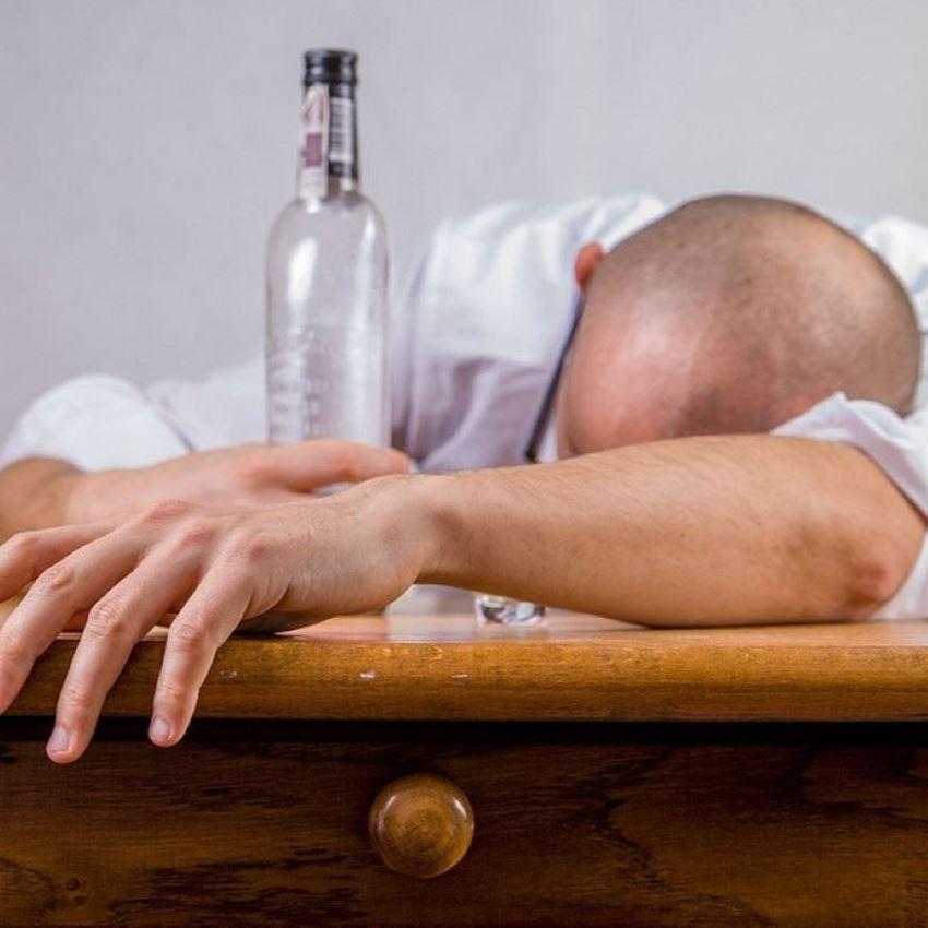 Alcohol en hoe voorkom ik een kater?